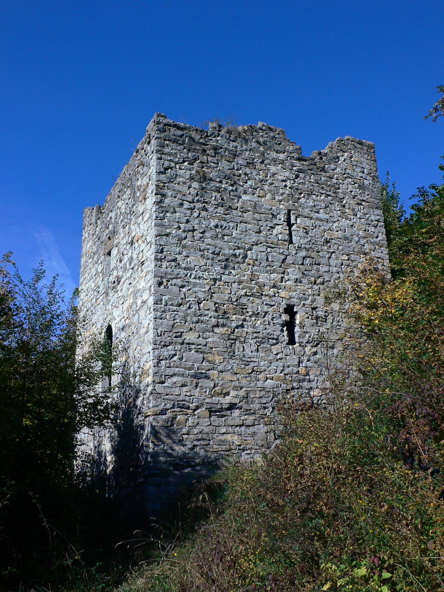 Torre di Esino